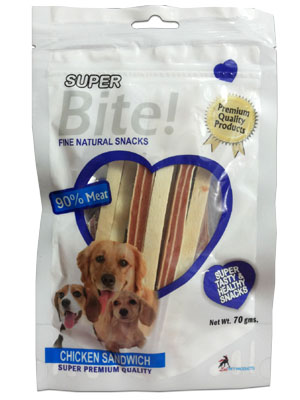 Super Bite Fine Natural Snack Chicken Sandwich for Dogs 70 gm