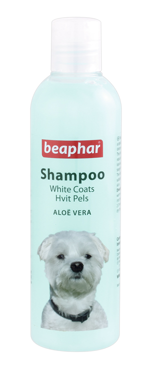 Beaphar Aloe Vera Cleansing Dog Shampoo for White Coat Dogs 250ml